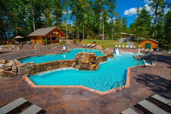 The Canyon Falls Swimming Pool is one of those pools that you see on the front of a magazine!