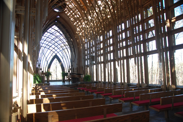 5. Mildred B. Cooper Memorial Chapel: This chapel, located in Bella Vista, Arkansas, was  designed by E. Fay Jones and constructed in 1988.