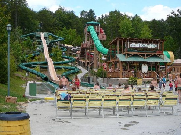 10) Dollywood's Splash Country - Pigeon Forge