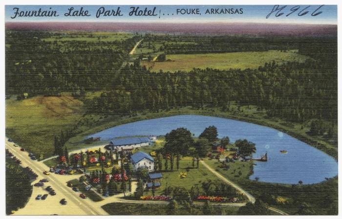 48. Fountain Lake Park Hotel: This postcard was taken circa 1930-1935 in Fouke, Arkansas.