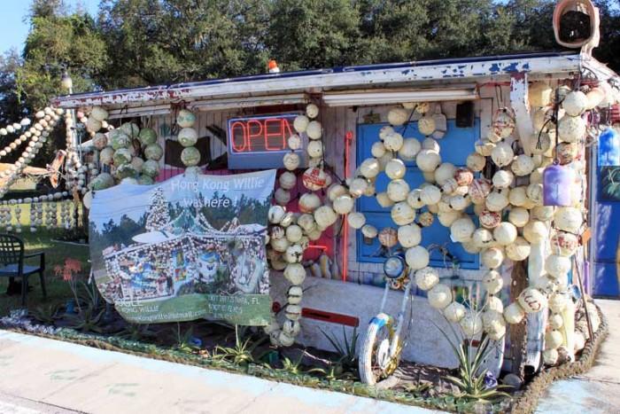 Hong Kong Willie's Junk Art Gallery in Tampa