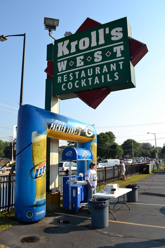 1. Kroll's West (Green Bay)