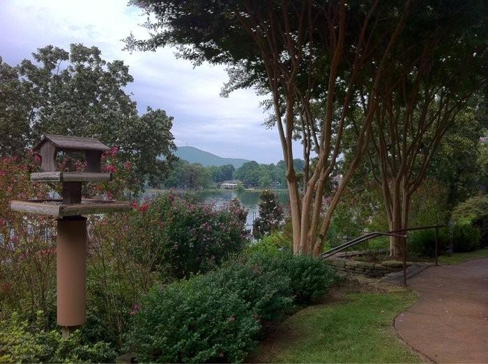 13. Lookout Point Lakeside Inn: This gorgeous Hot Springs inn on Lake Hamilton provides a luxurious setting for a wedding.