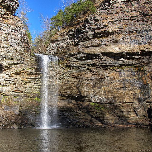 5. Petit Jean State Park: Those who would argue that Pinnacle Mountain is the more popular state park would likely be reminded of Petit Jean, Arkansas's first and flagship state park. Resting proudly atop Petit Jean Mountain, the park is located on the Arkansas River between the Ozark and Ouachita mountain ranges in Conway County, Arkansas. The park, popular with campers, also has several geologic features such as Bear Cave, Rock House Cave, the Grotto, the Turtle Rocks, the Carpet Rocks, and the Natural Bridge.