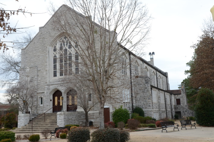 3. Raymond Munger Memorial Chapel: One of the main landmarks on the campus of the University of the Ozarks, the chapel was erected in 1933.
