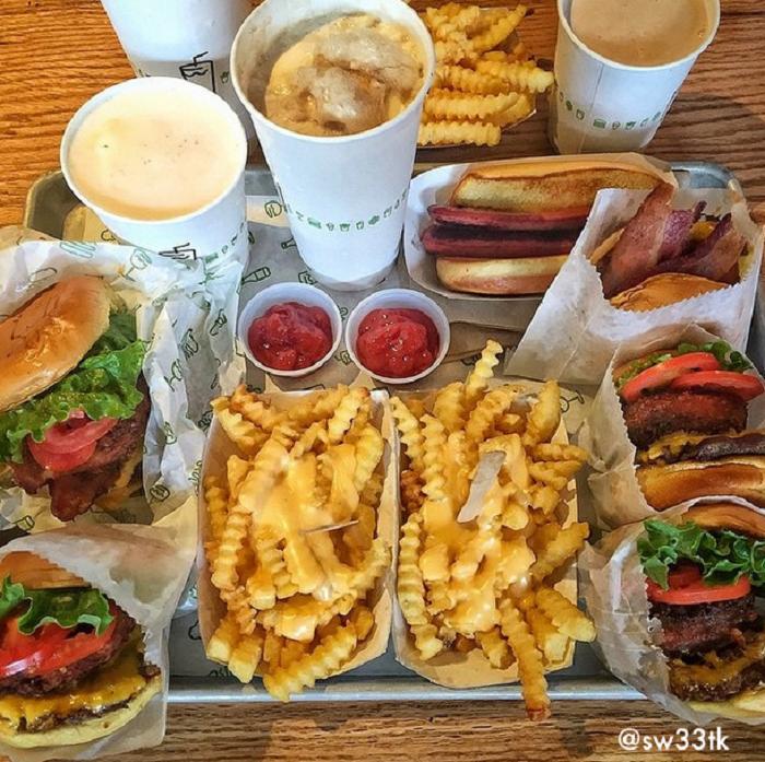 restaurant 13 shake shack food