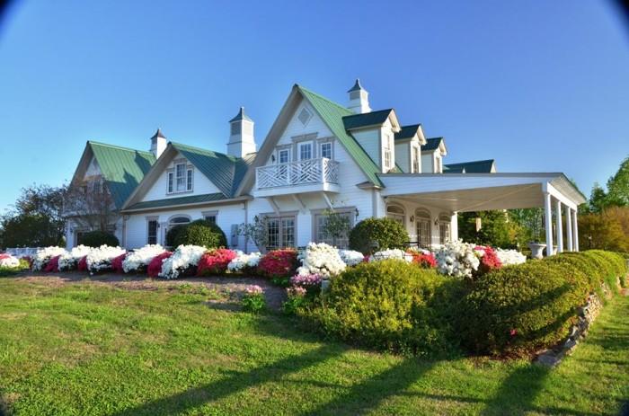 18. The Red Horse Inn, Landrum, SC