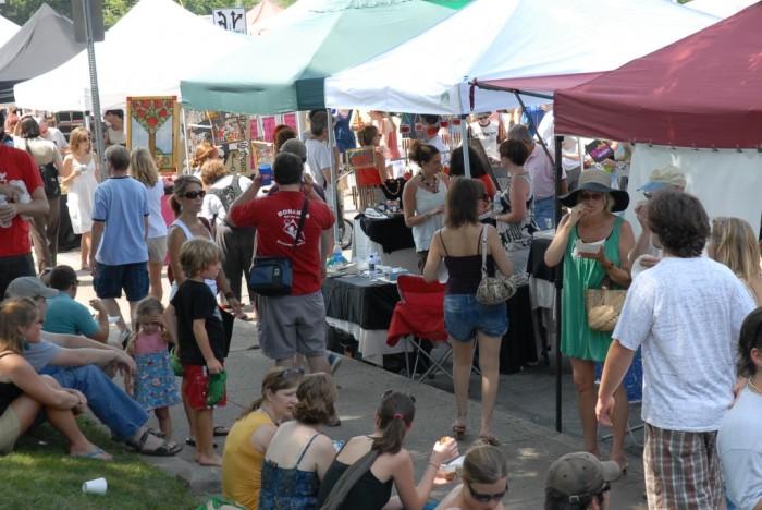 tomato-art-festival-crowd-1024x685