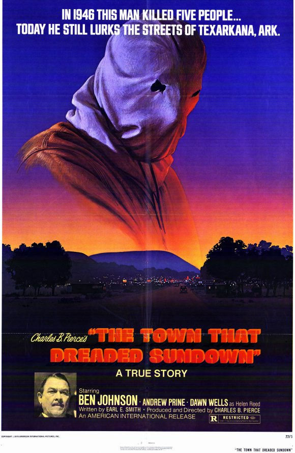 6. The Town that Dreaded Sundown (1977): Filmed by Charles B. Pierce and set in the late 40s, the semi-documentary is loosely based on a string  of murders in 1946 that happened in and around the Texarkana, Texas/Arkansas area.  The movie was shot in the Garland and Texarkana area.