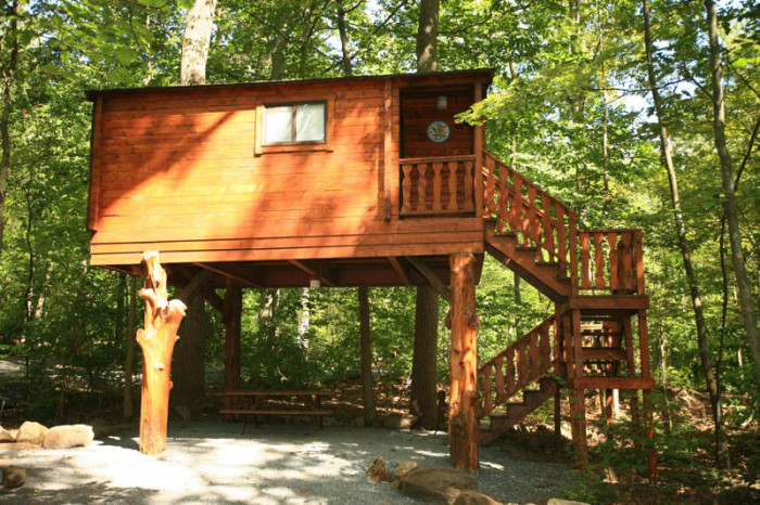 5. The Tree House, Lake-In-Wood Camping Resort, Narvon