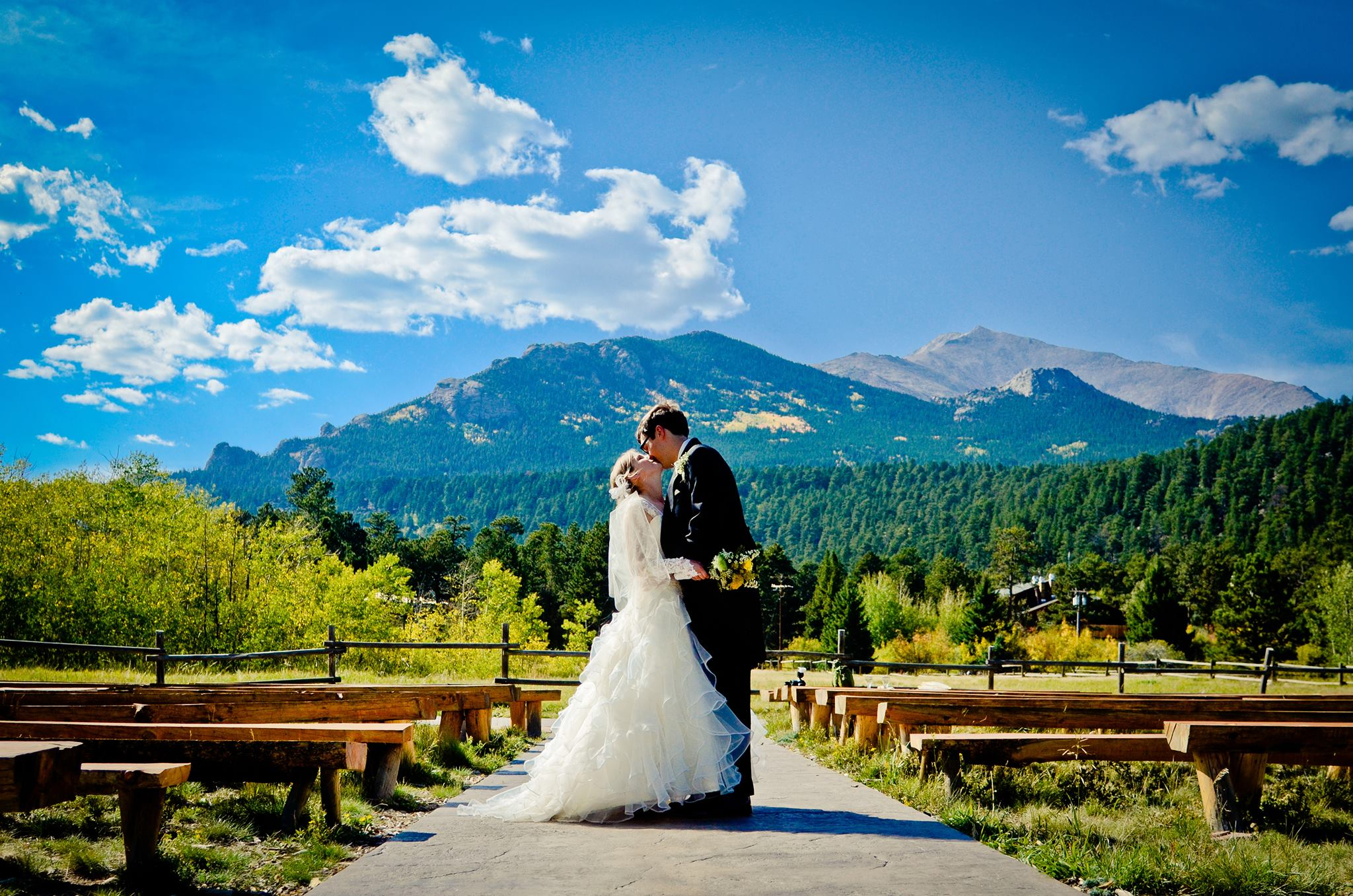 10 great places to get married in colorado for Best places to get married in austin