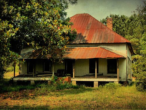 14) Pyramidal Roof Vernacular Farmhouse- Ray City, GA