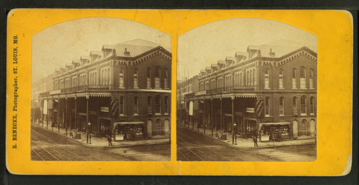 6. Veranda Row in St. Charles