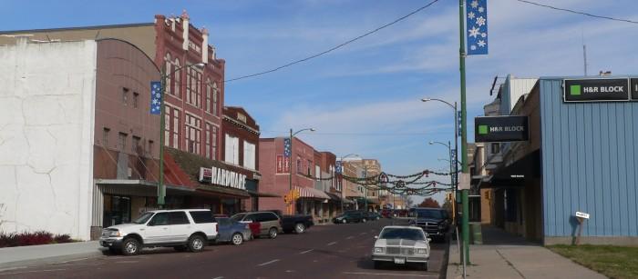 10) Falls City