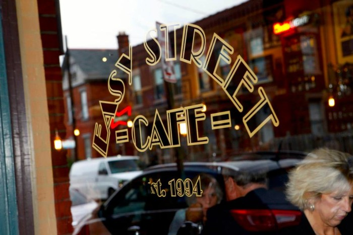 12) Easy Street Cafe (Columbus)