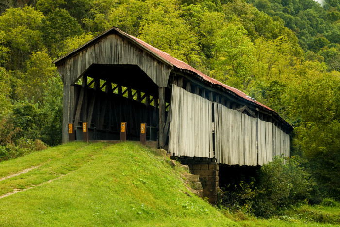 15) Knowlton covered bridge (Monroe County)