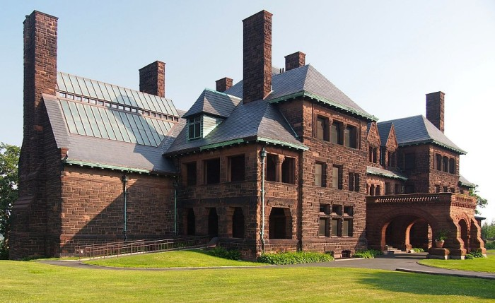 7 The James J. Hill house in St. Paul is magnificent inside and out. The tour is definitely one you don't want to  miss!