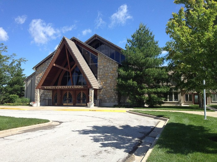 5.) United Methodist Church of the Resurrection (Leawood)