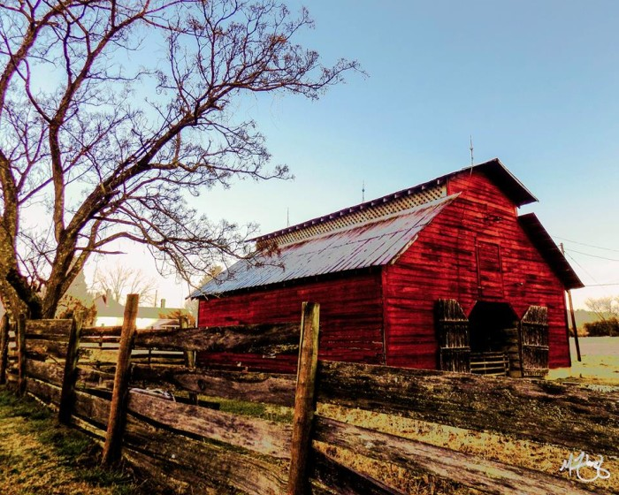ten beautiful barns in north carolina
