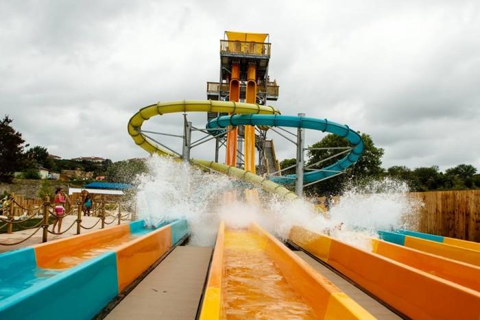 11) Six Flags Fiesta Texas
