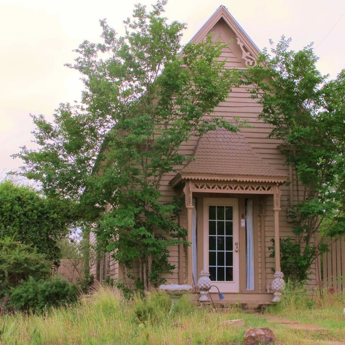 7) Star Of Texas Bed and Breakfast (Brownwood)
