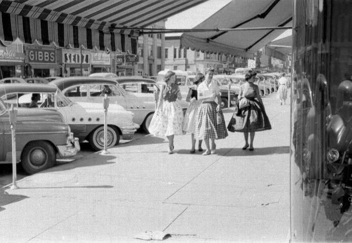 2.) Santa Fe Avenue in Salina (1955)