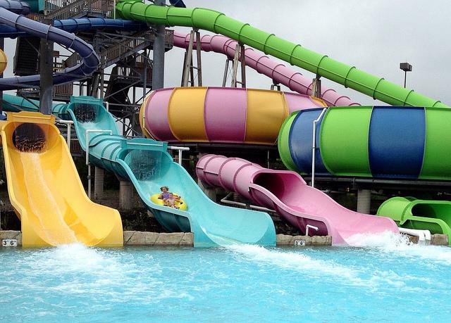 5) Six Flags Hurricane Harbor