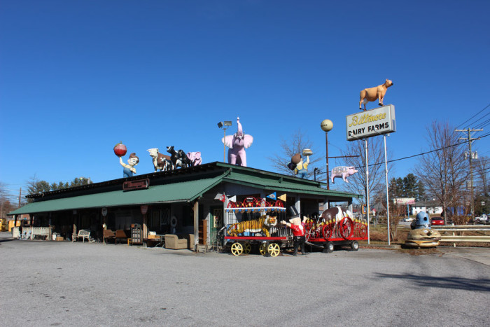2. Is that a brigade of roadside attractions clumped into one intimidating army?