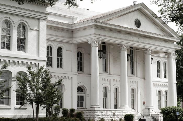 8. Colbert County Courthouse - Tuscumbia, AL