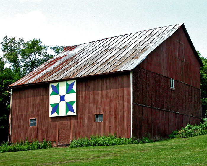 4) Quilt barn south of McCarthur, along St. Rt. 93 (Vinton County)