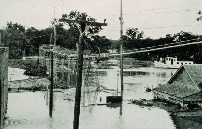 9) The Great Flood, 1927.