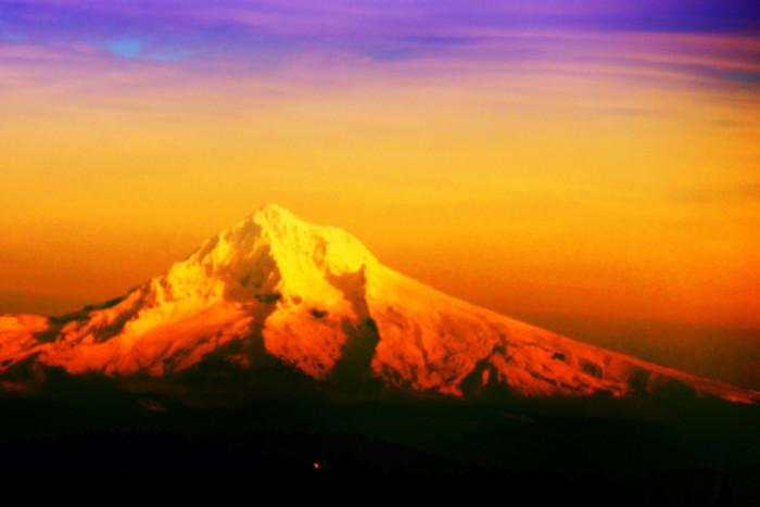 13) Mount Hood