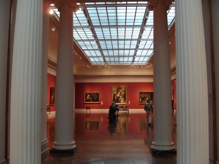 9) Toledo Museum of Art