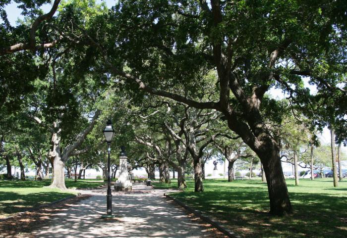 7. White Point Garden, 2 Murray Blvd, Charleston, SC 29401