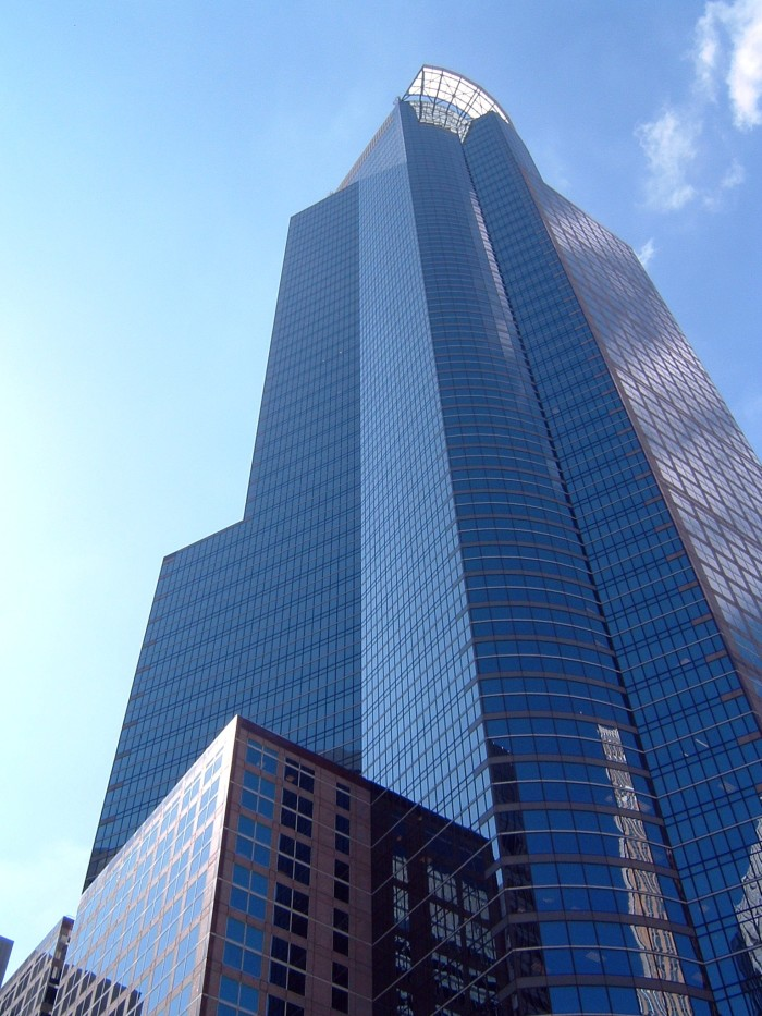 13 Capella Tower, or 225 South Sixth, with its halo is another Minneapolis architectural prize.
