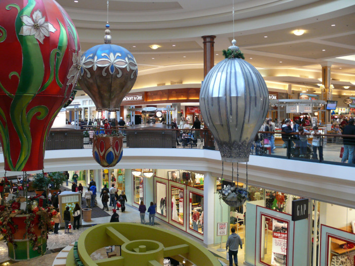 8) Going to a mall that wasn't a strip mall was a pretty big deal.