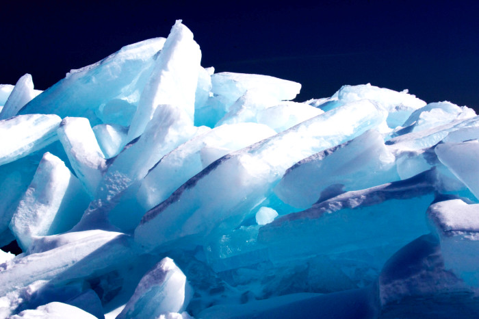 8 The ice piles on Lake Superior are a dazzling sight.