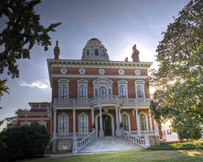 7) Hay House in Macon