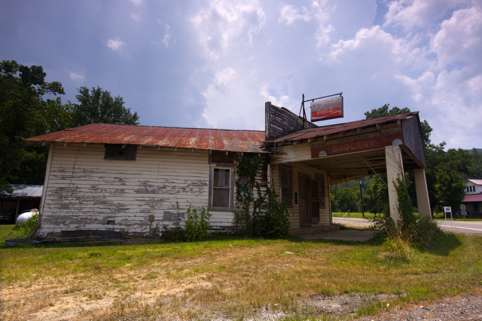 9. The remains of Princeton Grocery in Princeton, Alabama.