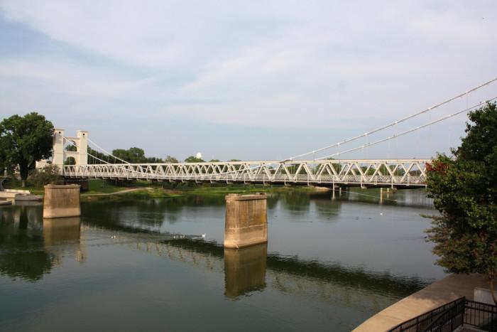 2) Waco Suspension Bridge (Waco)