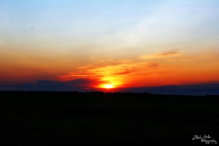 8. This Cass County, North Dakota sunset is mesmerizing! ABSOLUTELY MESMERIZING!!!
