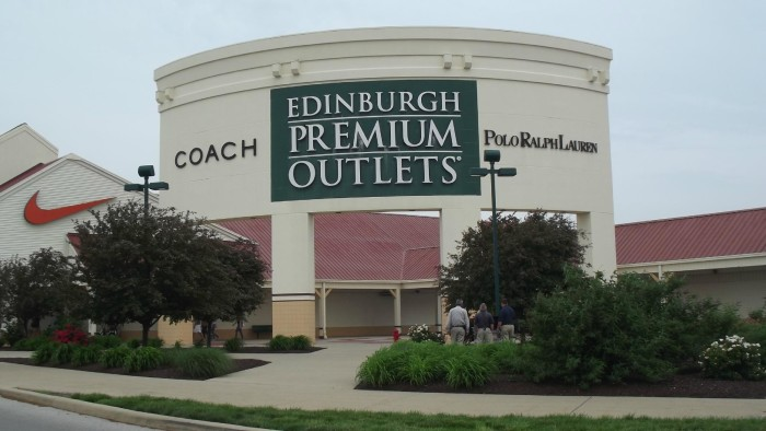 coach premium outlet tb0k  7 Awesome Malls In Indiana That Will Give You A Great Shopping Experience