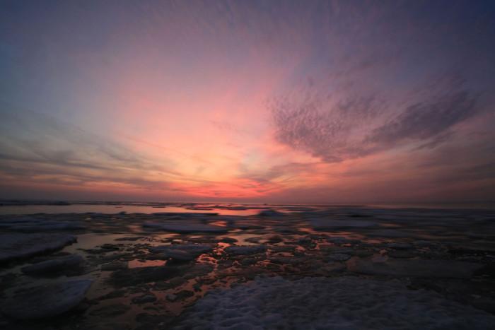 15) Ice melting on Lake Erie