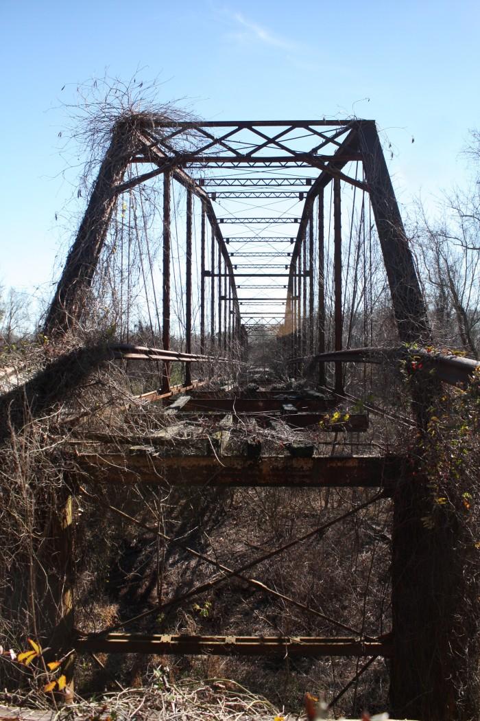 4. Mahned Bridge