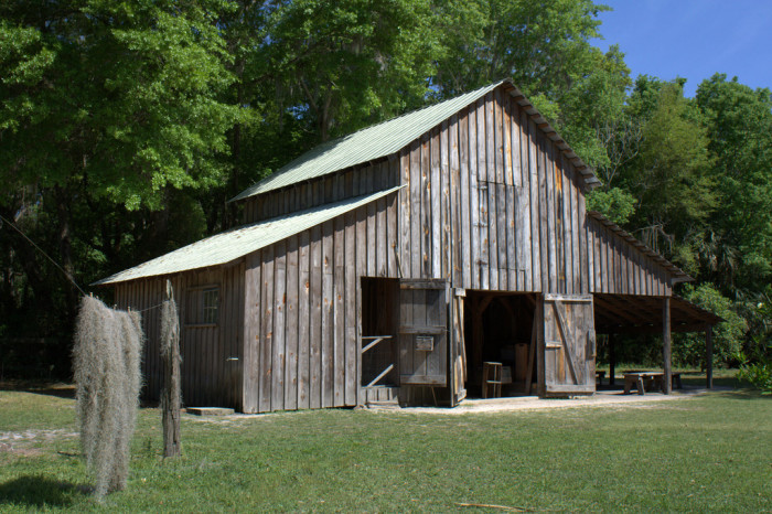 13. Barn in Marjorie Kinnan Rawlings Historic State Park