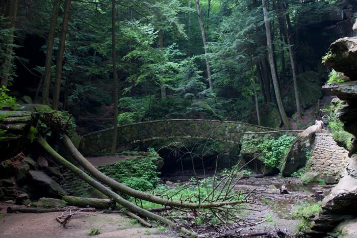 7) Old Man's Cave (Hocking Hills State Park)