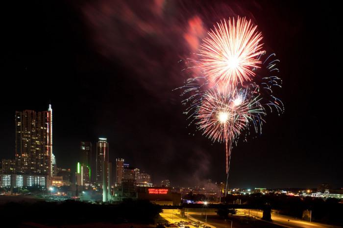 6) Austin Symphony H-E-B July 4th Concert & Fireworks (starting at 4PM - Austin)