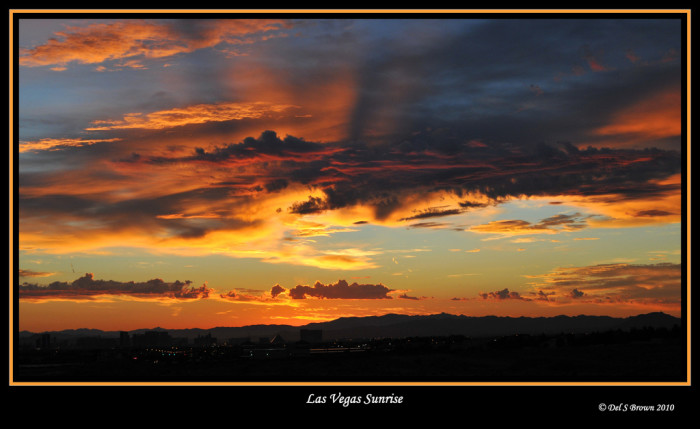 8. This Las Vegas sunrise is so SPECTACULAR that you'll hardly notice the city below.