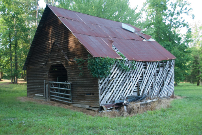 5. Dating back to the early 1800's, this Fulton barn definitely has a lot of history.