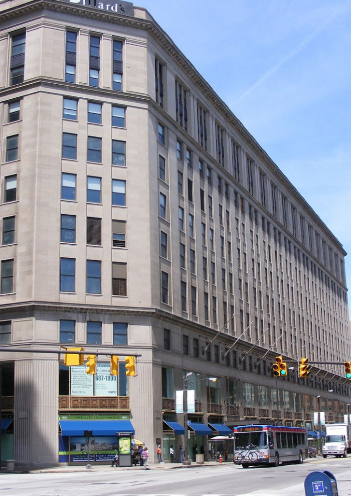 3) Higbee Building (Cleveland)